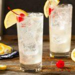 Tom Collins cocktails med kirsebær